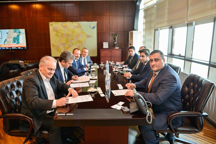 """Состоялась церемония подписания Соглашения между """"Total Company AS24"""" и ООО """"Azpetrol LTD"""""""